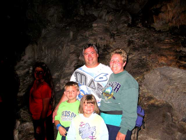 tourists in Lewis and Clark Ccaverns